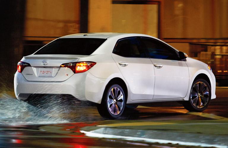 2015 Toyota Corolla Vs 2015 Ford Fusion Attrell Toyota